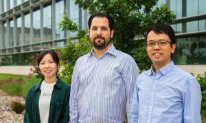 UT Dallas doctoral student Xianli Jiang, Dr. Faruck Morcos, assistant professor of biological sciences at UT Dallas, and Dr. Clement Chan, assistant professor of biology and biochemistry at UT Tyler, worked together on creating a method for changing gene expression in cells.